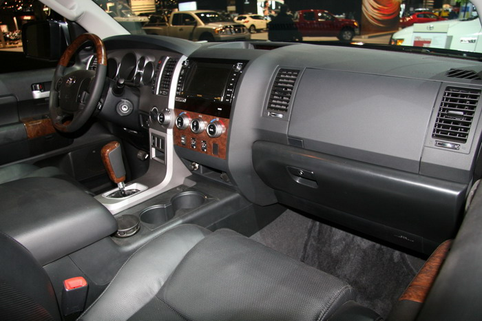 The 2012 Toyota Tundra – Reliable, Versatile and Designed to Compete